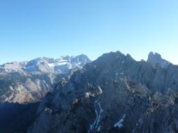 rechts Bischofsmütze, links Dachstein