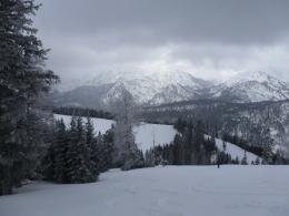 Blick zum Dürrnbachhorn, in der Bildmitte die Bergwachthütte