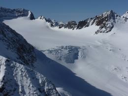 Blick hinunter zum Alpeiner Ferner