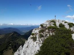 Blick zu den beiden anderen Gipfelkreuzen