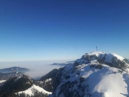 Nebelsuppe im Tal und auf der Linse