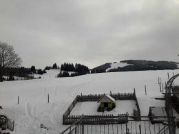 mit Ski bis zum Hof