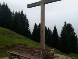 Österlekopf mit neuem Gipfelkreuz