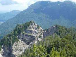 Adlerkopf, dahinter der Rauschberg