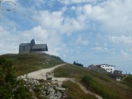 Gipefelkapelle, Gipfelkreuz, Gipfelhaus