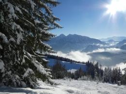 unten die Bergwachthütte darüber Sonntagshorn & Co.