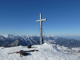 am sturmumtosten Gipfel